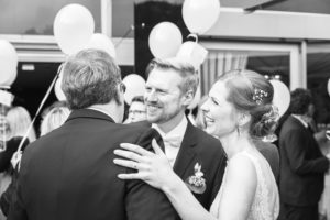 Freier Redner Martin Lieske mit Brautpaar