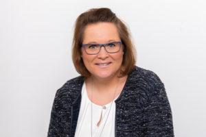 Freie Trauung Traurednerin Ramona Rietmann Beerdigung Trauerrednerin Fürth