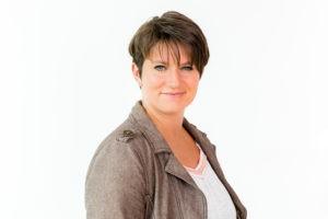 Freie Rednerin Liz Erbe auf einer Trauung in Remscheid, Freie Rednerin, Freie Traurednerin, Hochzeitsrednerin