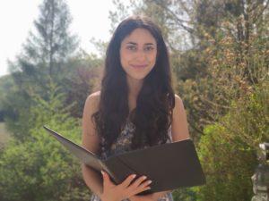 Freie Rednerin Yesim Süss auf einer Freie Trauung
